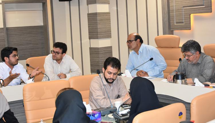 نشست صمیمانه رئیس پارک علم و فناوری خراسان جنوبی با شرکت ها و واحدهای فناور