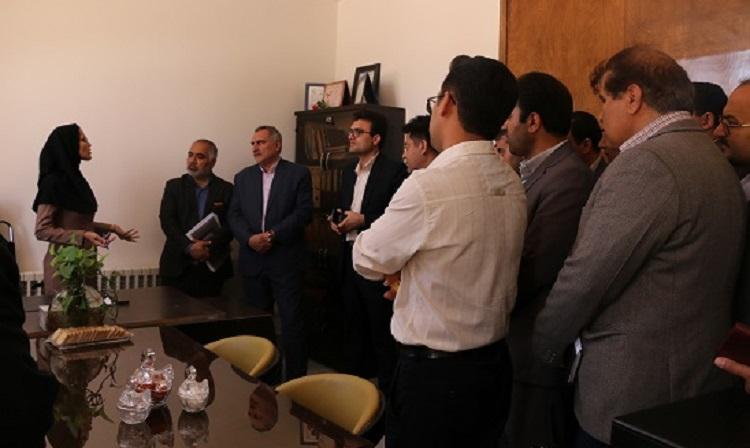 بازدید از واحدهای فناور در جلسه تبیین فرصت های اشتغالزایی شرکت های دانش بنیان