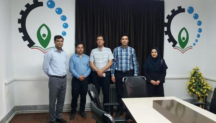 مدیران پارک علم وفناوری خراسان شمالی از مرکز رشد واحدهای فناور قاین بازدید کردند