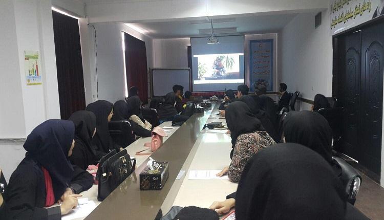جلسه انگیزشی و هماهنگی برپایی نمایشگاه محصولات مرتبط با استارتاپ دانش آموزی