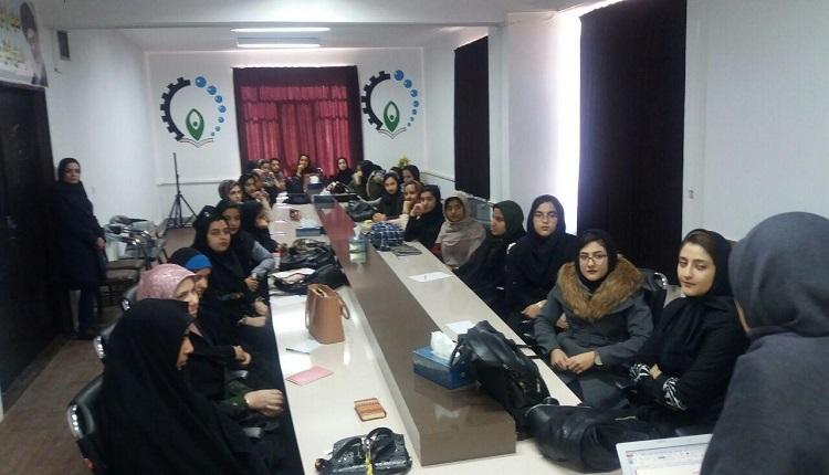 دومین کارگاه دانش آموزی با موضوع مهارت های ارتباطی برگزار گردید